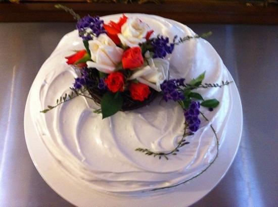 Birthday Cake Wagga Wagga