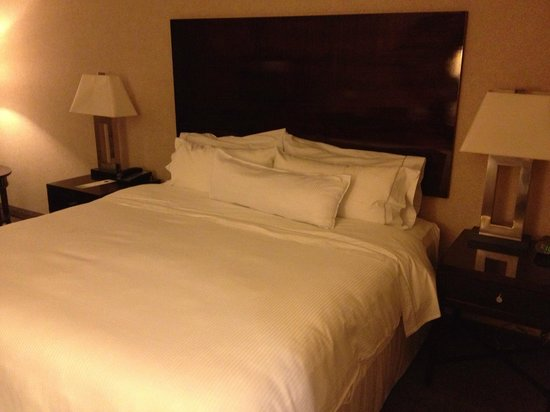 The Westin Los Angeles Airport: Heavenly Bed