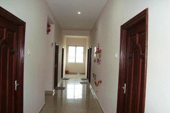 Subasree Cottage: The corridor