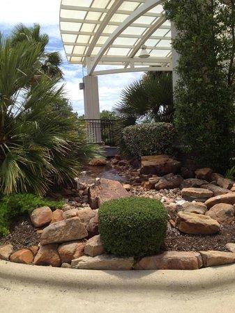 Holiday Inn Hotel & Suites Aggieland: Little stream