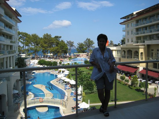 Barut Kemer : Hotel pool view