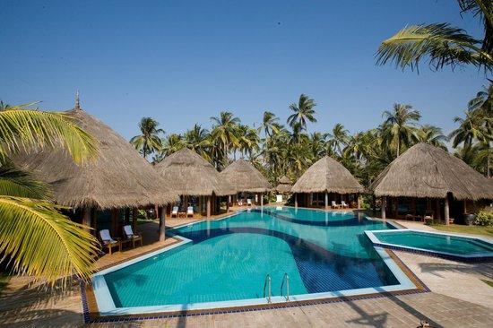 Aureum Palace Resort Spa Ngwe Saung Executive Villa