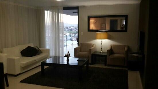 Aquarius Luxury Suites : Lounge