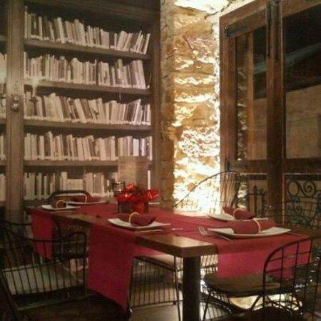Comedor planta superior junto a biblioteca: fotografía de Jamón ...