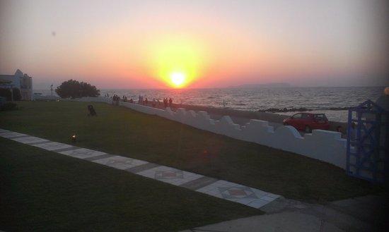 Serita Beach Hotel: zons ondergang op Kreta