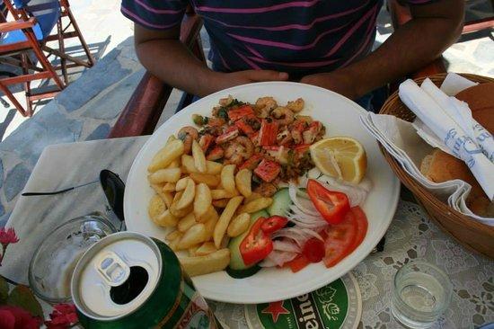 Dimitrios Swimming Pool Bar Restaurant : goodies