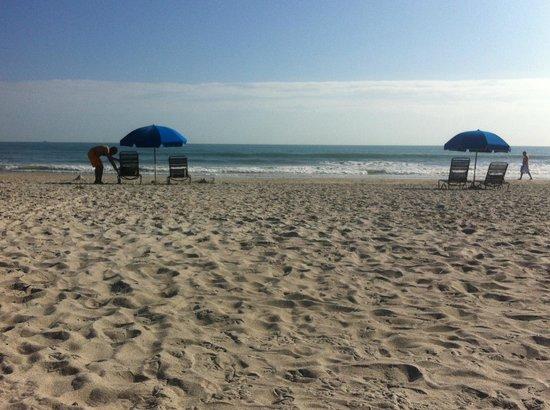 Hilton Cocoa Beach Oceanfront: private access beach