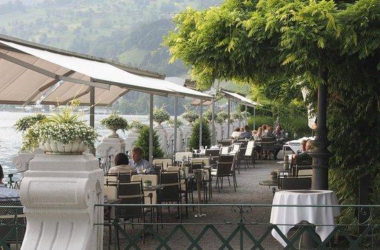 Vitznauerhof: Gartenrestaurant