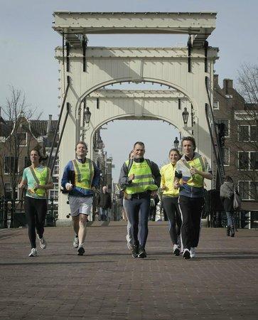 Tourist Run Amsterdam: Skinny Bridge