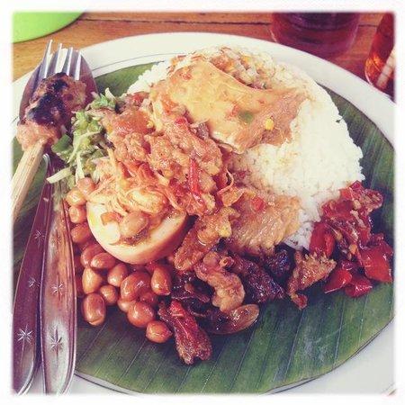 Nasi Ayam Ibu Mangku: nasi ayam pedes