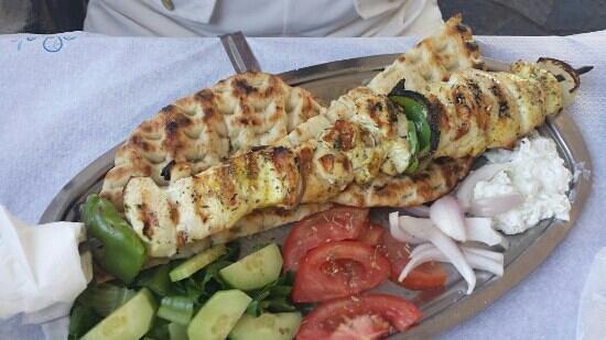 Taverna Tasos: chicken souvlaki