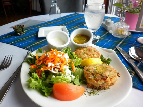 Henley House Pub & Restaurant: Smoked Fish Cakes