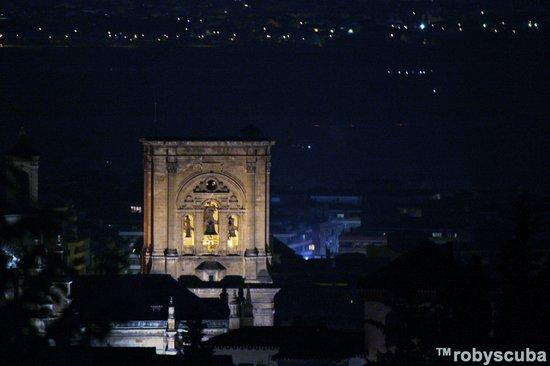 Reino de Granada Hotel: Cattedrale di notte