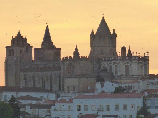 Graça Hotel : View over the city of Evora