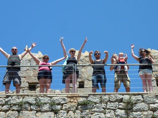 Kim's Camping Caravaning & Bungalow Park: toroella di montgri castle