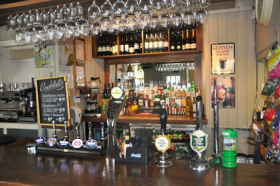 The Kings Arms Hotel: The Bar