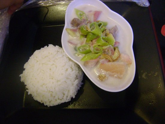 Keni Po: yummy and sizzling hot bicol express