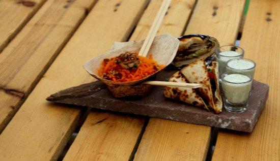Social Club: One of street food variations