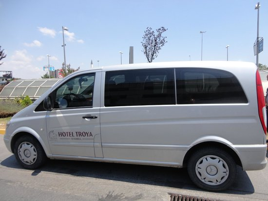 Troya Hotel: Airport service