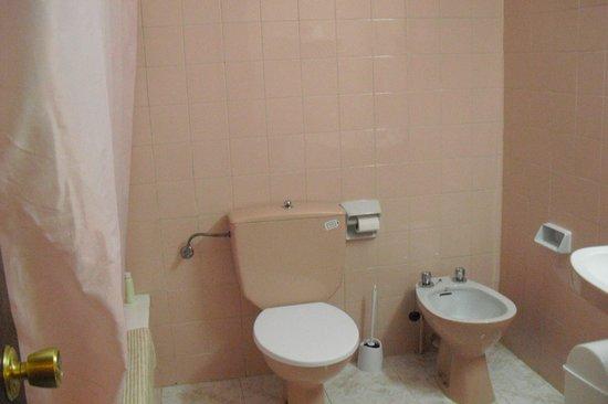 Apartamentos Mestret: Bathroom