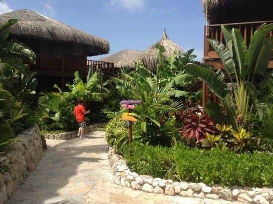 Van der Valk Kontiki Beach Resort: Resort