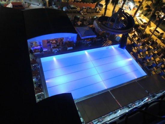 Side Sedef Hotel: basen nocą