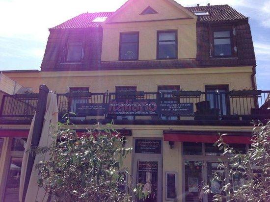 Italiano - Ristorante & Caffe: Außenansicht