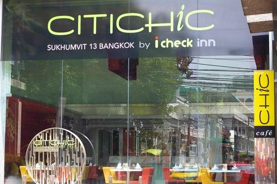 Citichic by iCheck Inn: Hotel Exterior