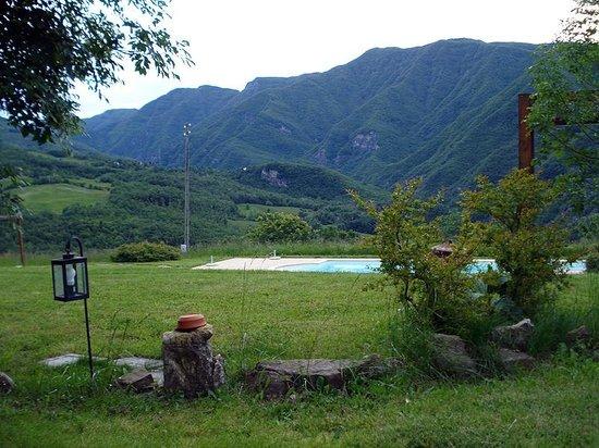 Borgo Pianello: Pool Area
