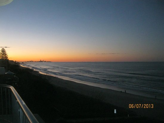 Pelican Sands Beach Resort: View up to Surfers Paradise from the Balcony at sunset.