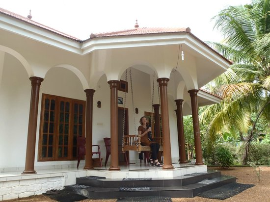 Coconut Creek Farm and Homestay Kumarakom: great veranda