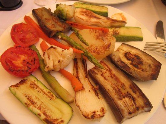 Parrillada de verduras picture of el posito restaurant for Parrillada verduras
