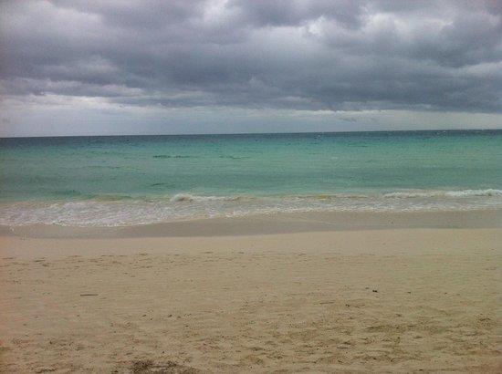Shangri-La's Boracay Resort & Spa: beach front