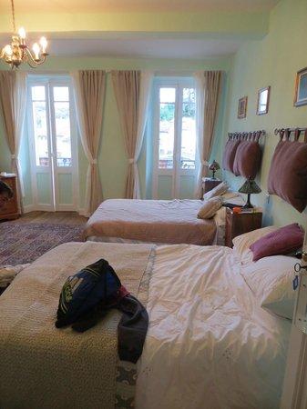 La Maison de la Riviere: Family Room