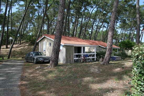 Camping Municipal Les Sableres: View of the chalet