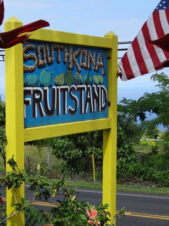 South Kona Fruit Stand: Look for the sign
