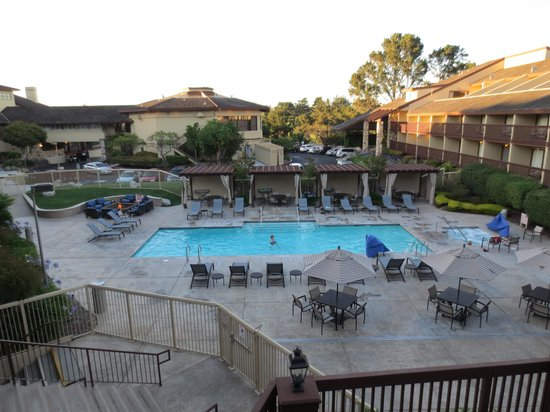 Hilton Garden Inn Monterey: The pool
