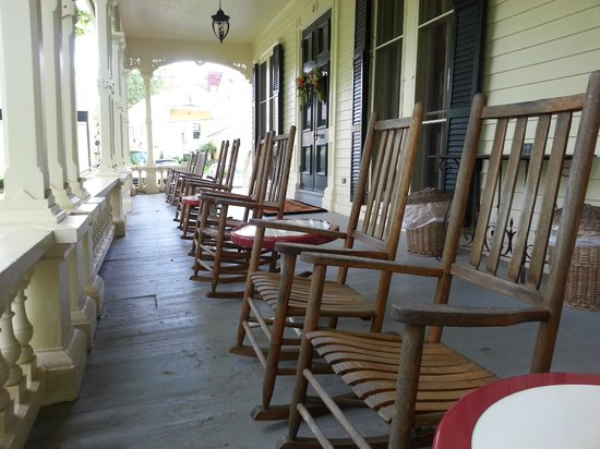 The Inn at Cooperstown: Grand Old-Style Porch
