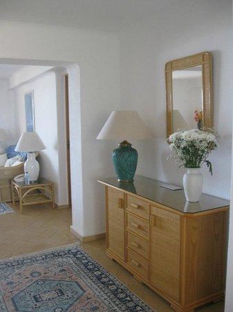 Buganvilia Apartments: interior