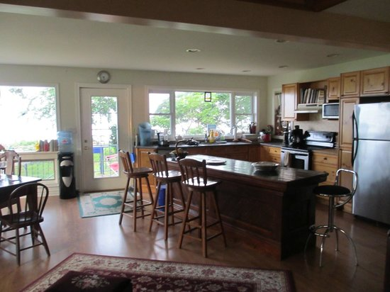 Pelee Places: Kitchen area looking over the lake