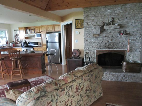 Pelee Places: Fireplace