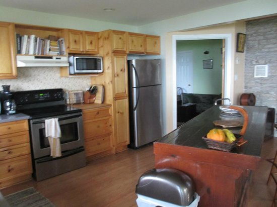 Pelee Places: kitchen area