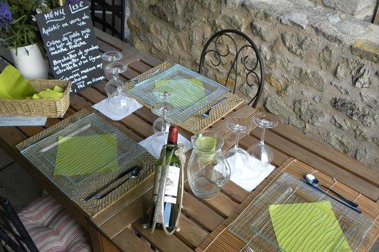 Sur Le Chemin Des Sens: Dîner en table d'hôtes