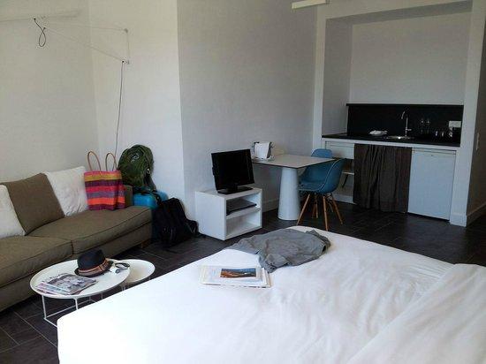 Anemi Hotel: premium standard room 104