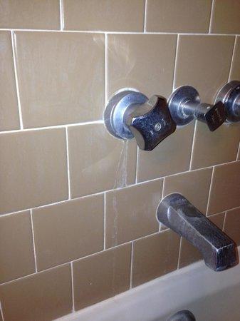 Foley House Inn: Bathroom