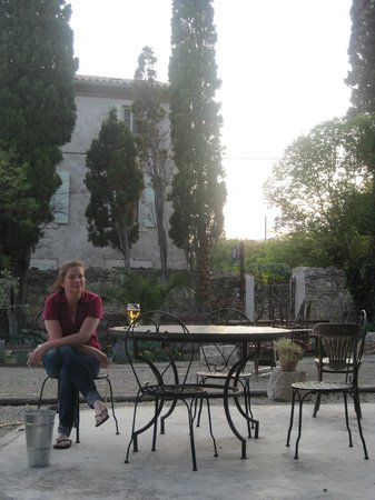 Muso : Evening refreshments in the shade