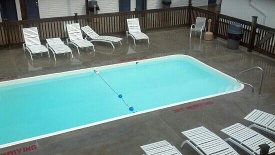 Knights Inn Sandusky OH : pool