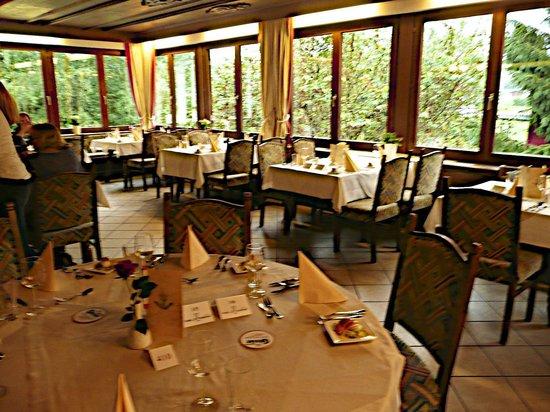 St. Hubertus: Dining and breakfast area