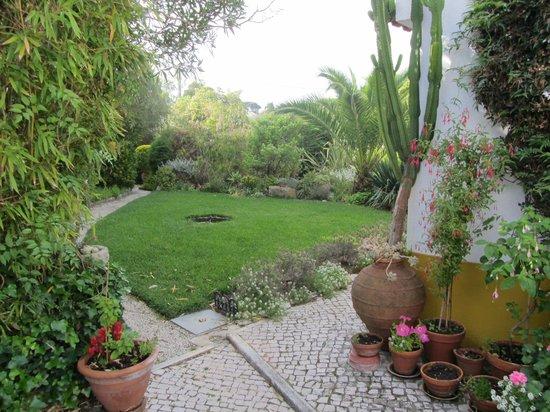CASA DA TERRINA: top garden view