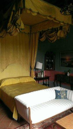 Castello di Potentino: Gorgeous Room